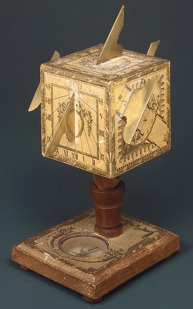 Portable cube sundial