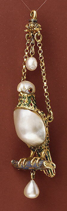 Pendant in the form of a parrot