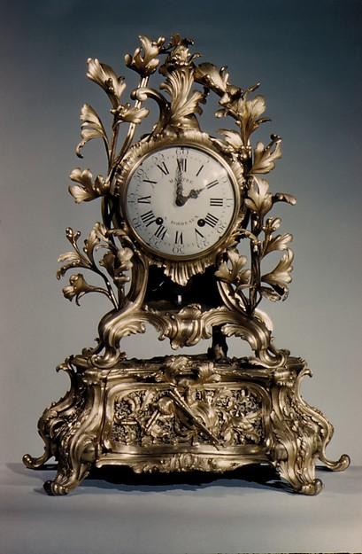 Musical mantel clock (Pendule avec boîte à musique)