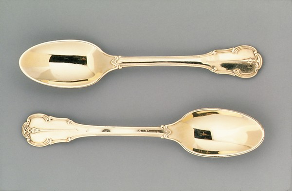 Spoon (one of a pair) (part of a set)