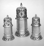 Set of three casters
