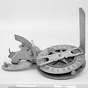Folding compass dial
