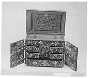Box with the arms of the von Muelinen and von Effinger families of Bern