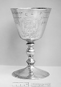 Standing cup