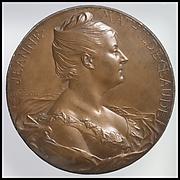 Mme Jeanne-Mathilde Claude