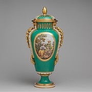 Vase with cover (vase à bandes) (one of a pair)