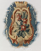 Rocaille cartouche with flowers