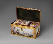 Tea casket and caddies