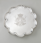 Decafoil salver