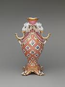 Vase (vase à tête d'éléphant) (one of a pair)