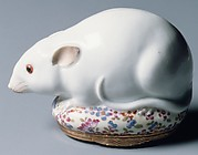 Snuffbox in the form of a rat