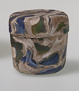 Glass mosaic pyxis with lid