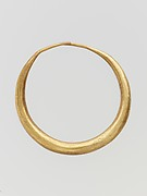 Gold annular earring