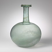 Glass globular bottle
