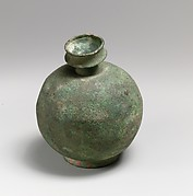 Bronze aryballos