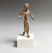 Statuette of a girl