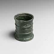 Bronze cylindrical cup