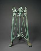 Bronze rod tripod stand