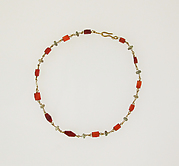 Necklace with carnelian, pearl beads