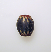 Glass chevron bead