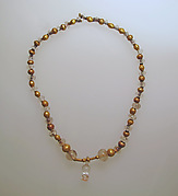 Necklace with crystal beads