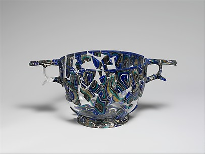 Gold-band mosaic glass scyphus (drinking cup)