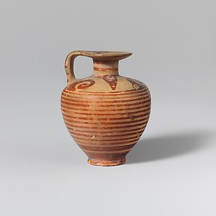 Terracotta aryballos (oil flask)
