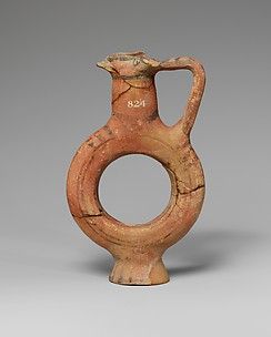 Terracotta flask with ring-shaped body