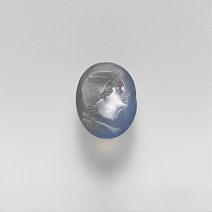 Chalcedony oval
