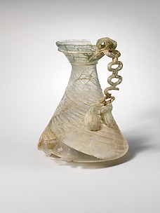 Glass jug with chain handle