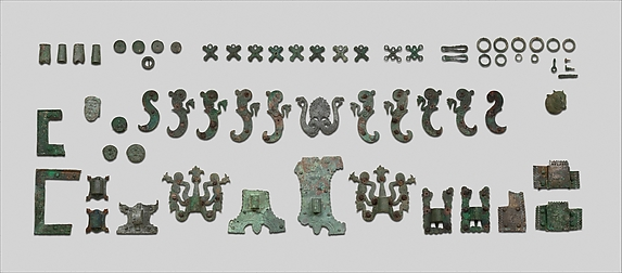 Chariot fragments, sockets