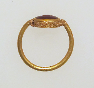 Ring, filigree with sard