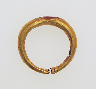 Ring with sard