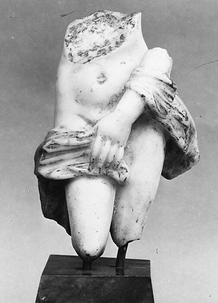 Marble statuette of Aphrodite