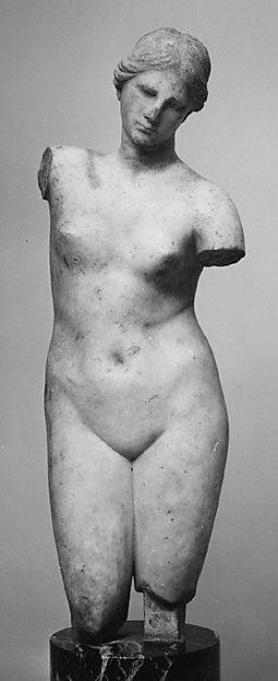 Marble statuette of Aphrodite Anadyomene (rising) type