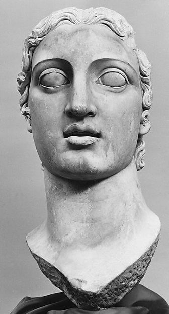 Head of marble colossal female statue