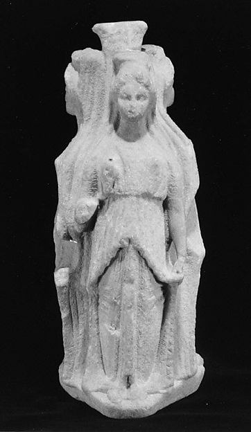 Marble statuette of the goddess Hekate