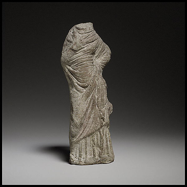 Terracotta statuette of a woman