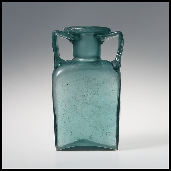 Glass rectangular bottle