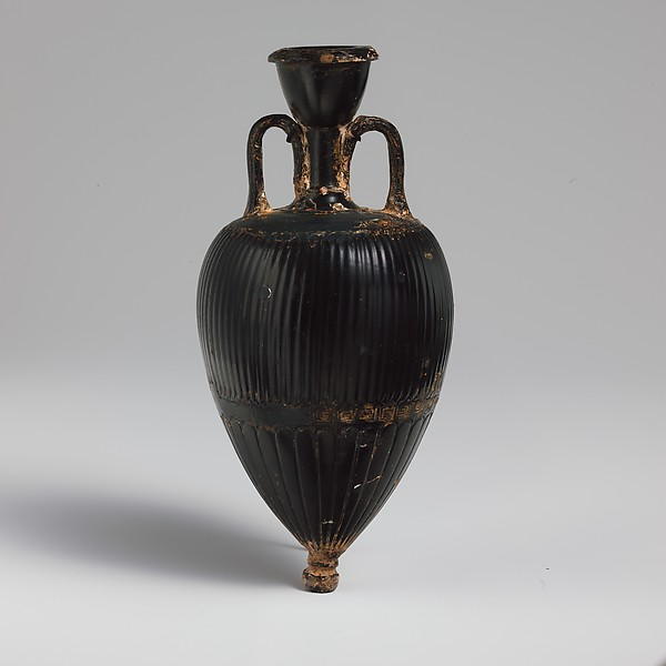 Terracotta amphoriskos (oil flask)