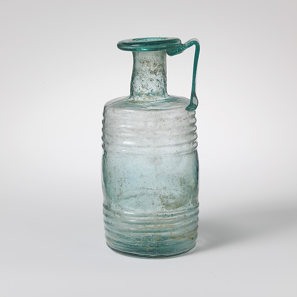 Glass barrel jug