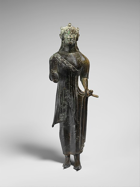 Bronze statuette of a young woman