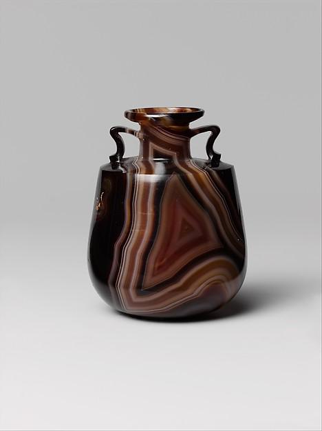 Banded agate amphoriskos (perfume bottle)