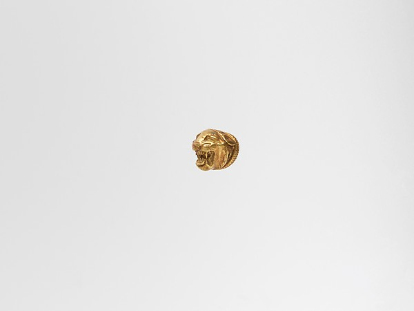 Gold head of a lion