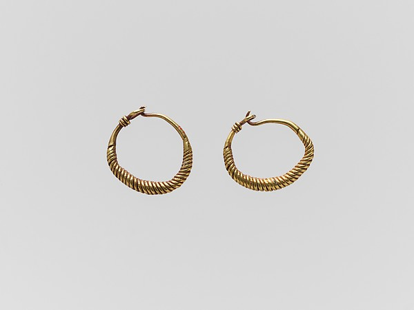 Pair of gold earrings