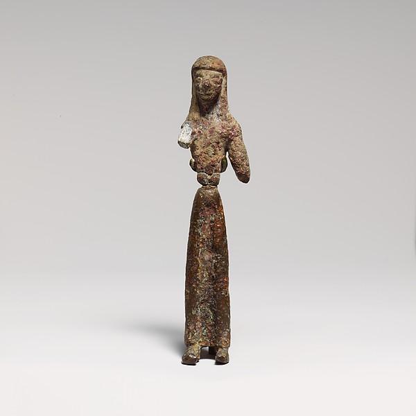 Bronze statuette of a woman