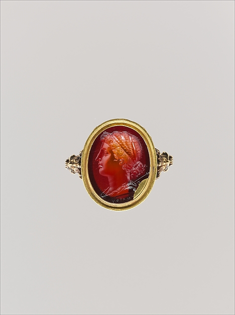 Carnelian oval set in a 17th–18th century gold ring