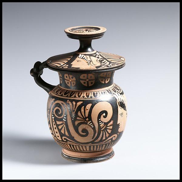 Terracotta mug with lid