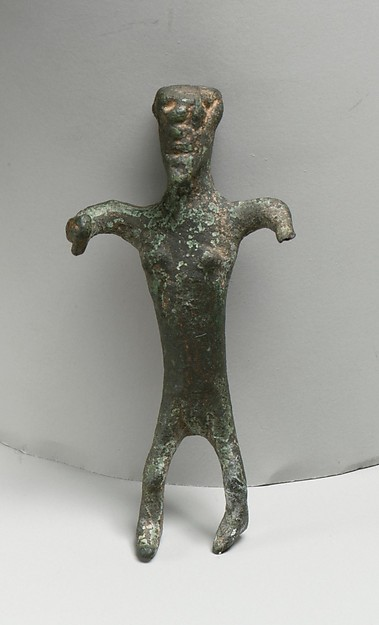 Bronze statuette of a woman