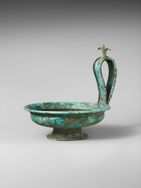 Bronze kyathos (single-handled cup)